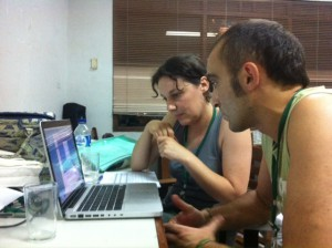 13 06 Unai y Cristina en Yakarta