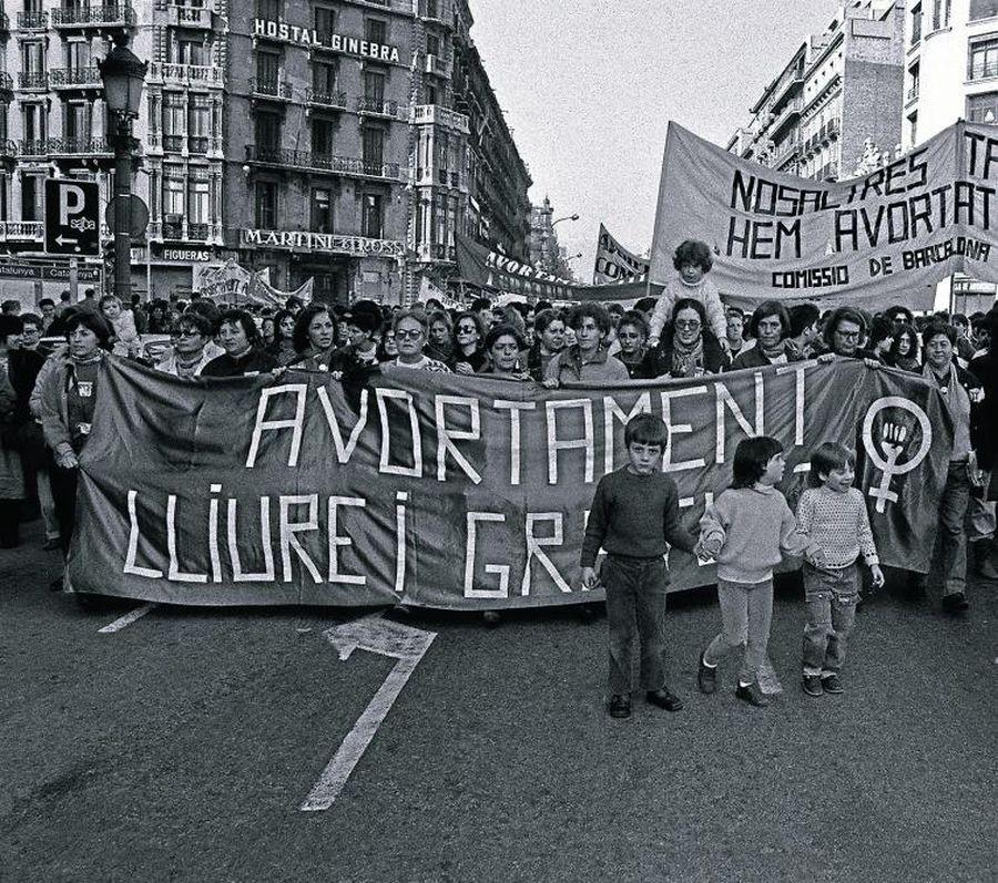 llei-que-dones-no-salut_ARAIMA20131222_0044_4